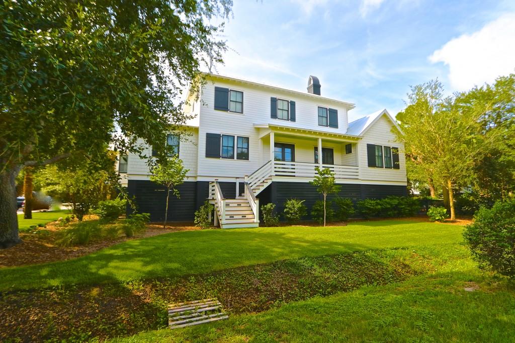 2830 Middle Street Sullivan's Island, SC Exterior